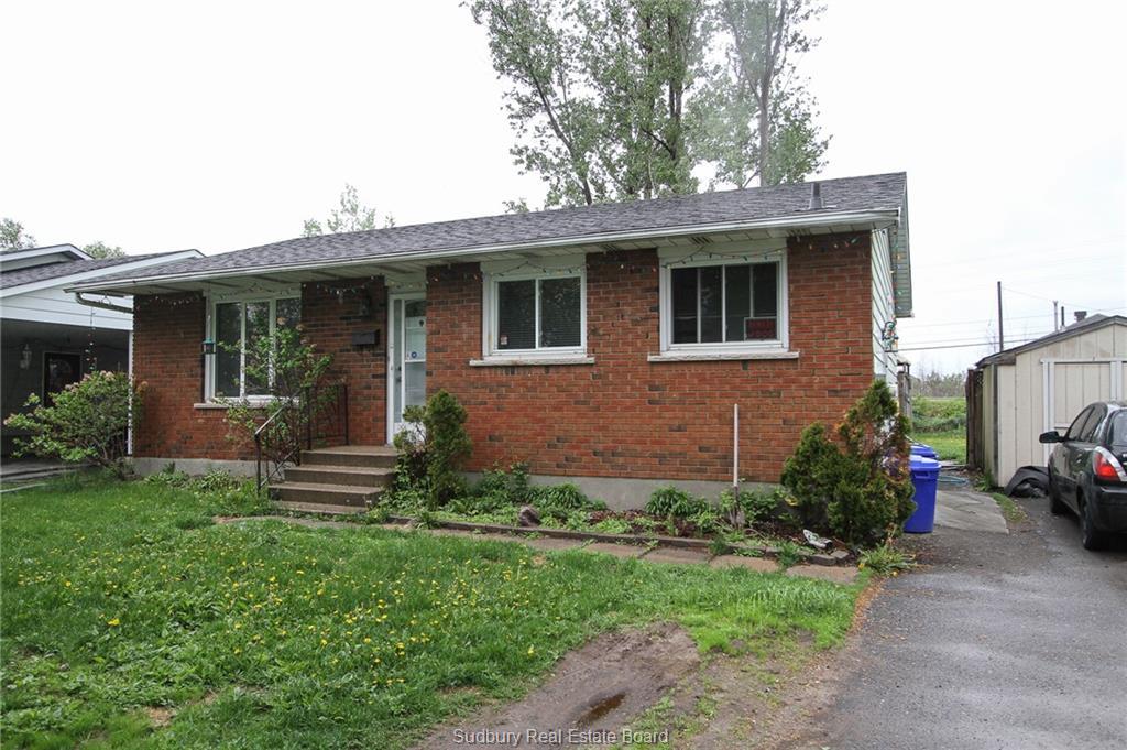 2094 Elderwood Drive, Sudbury Ontario, Canada