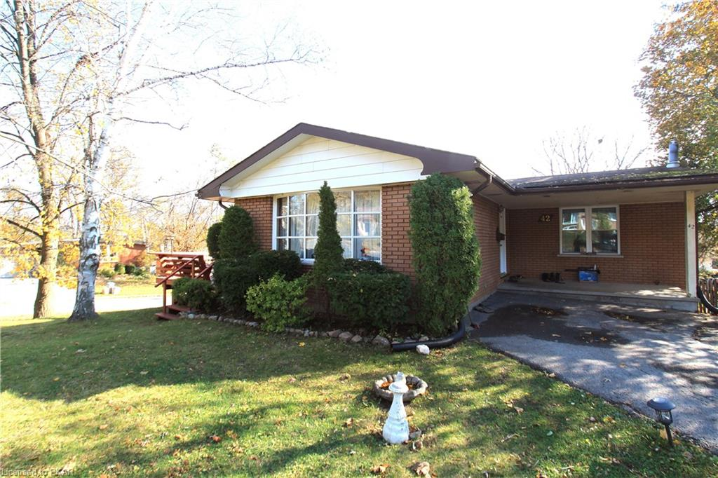 42 Beechwood Drive, Peterborough Ontario, Canada