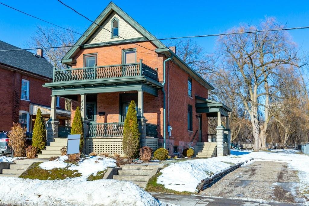 680 Frank Street, Peterborough Ontario, Canada