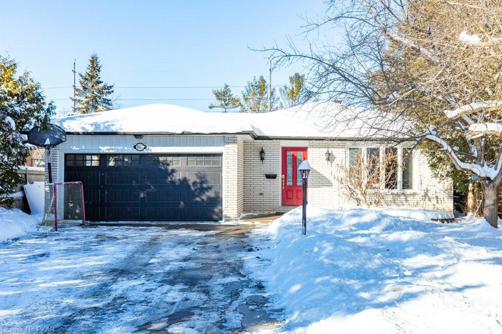 900 Wedgewood Court, Peterborough Ontario, Canada
