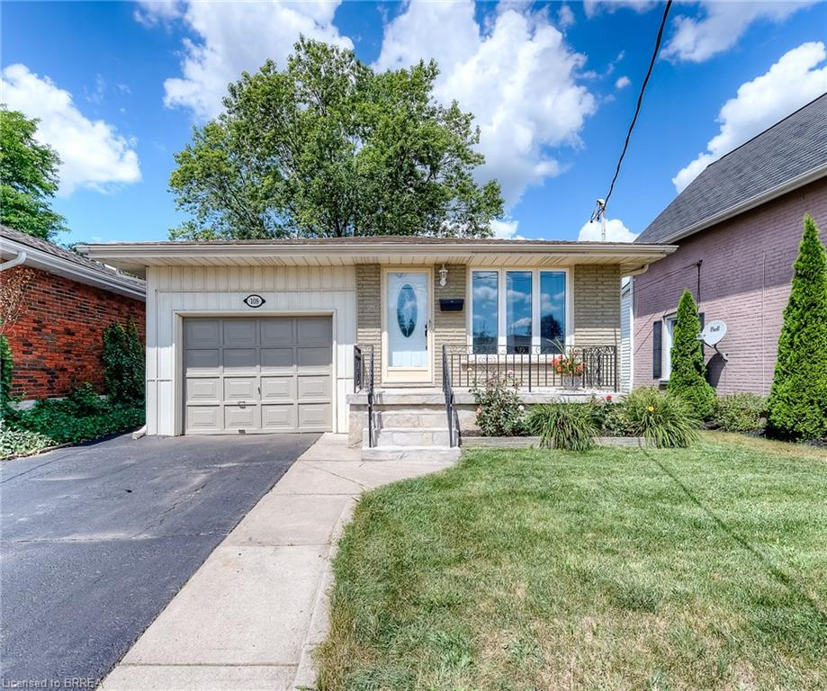108 Lyons Avenue, Brantford Ontario, Canada