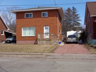 90 Maple St, Sault Ste. Marie Ontario