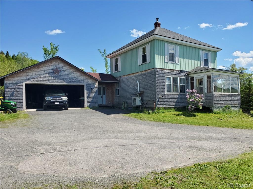 1082 Royal Road, Fredericton New Brunswick, Canada