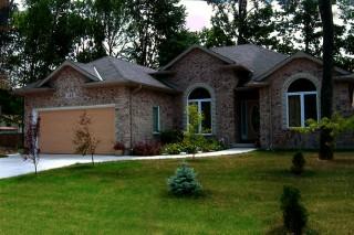 143 Cassandra Blvd, Sarnia Ontario