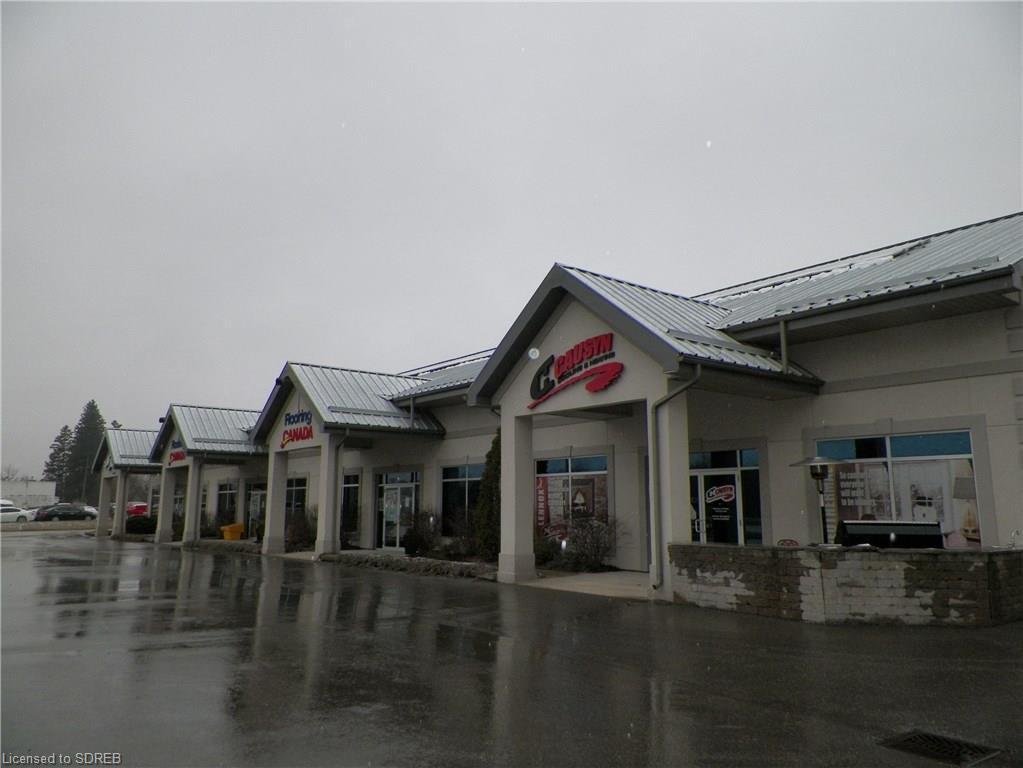 2 & 3 421 Queensway Drive W, Simcoe Ontario, Canada