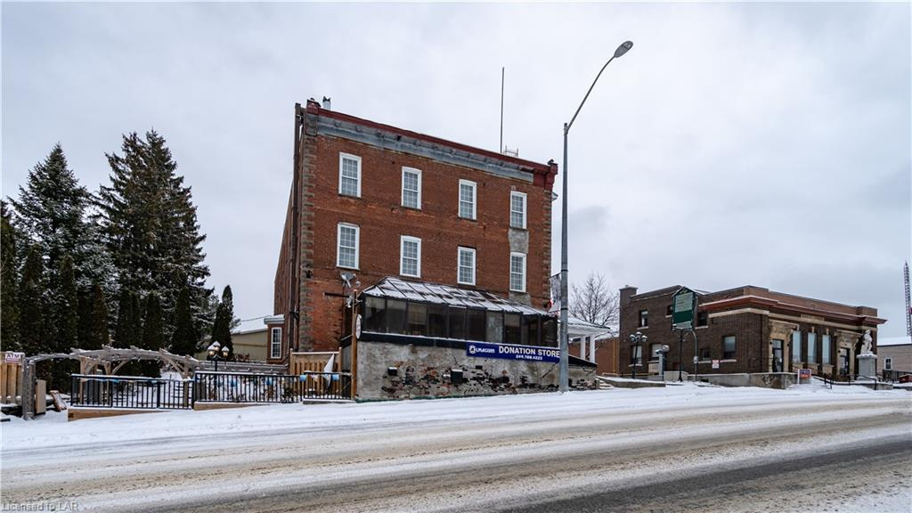 198 Ontario Street, Burk's Falls Ontario, Canada