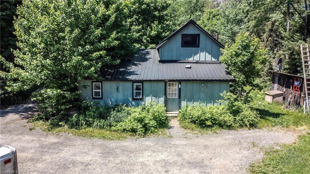 137 OLD NORTH Road, Huntsville Ontario, Canada