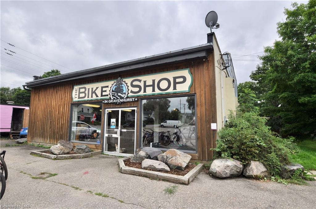 191 Sharpe Street E, Gravenhurst Ontario, Canada