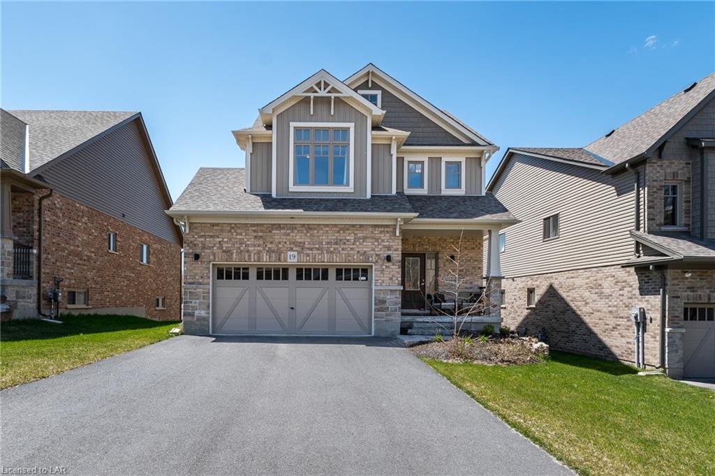 19 Braeside Crescent, Huntsville Ontario, Canada