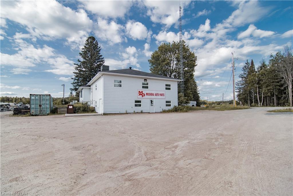 204 Forest Lake Road, Sundridge Ontario, Canada