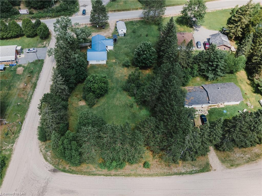 Bernard Crescent, Sundridge Ontario, Canada