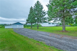 297 DEVELOPMENT Road, Bonfield Ontario, Canada