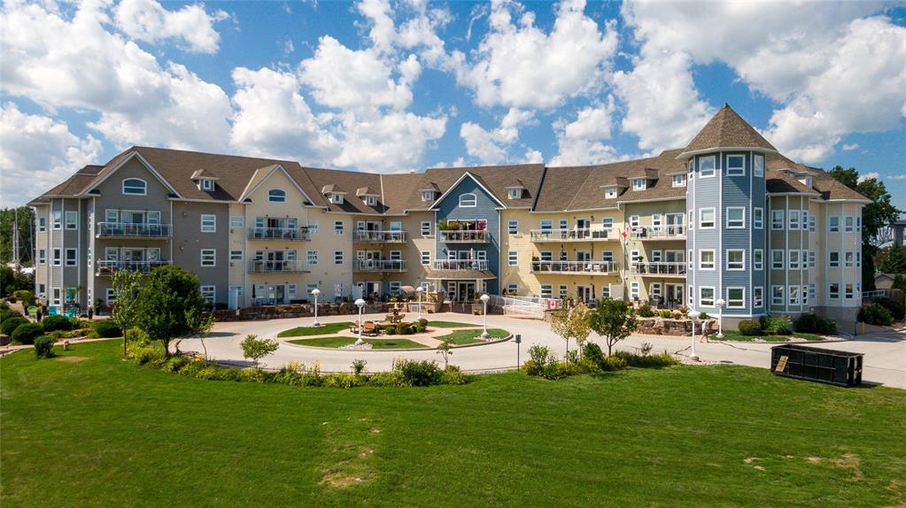 1550 Venetian Boulevard Unit# 203, Point Edward Ontario, Canada