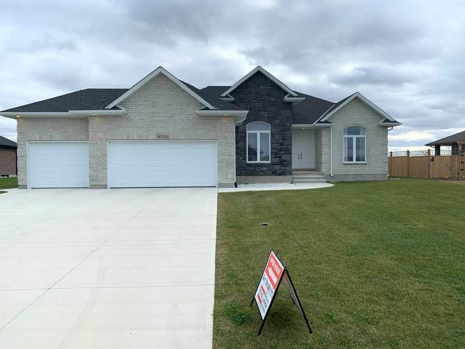 4026 Van Bree Drive, Plympton-wyoming Ontario, Canada