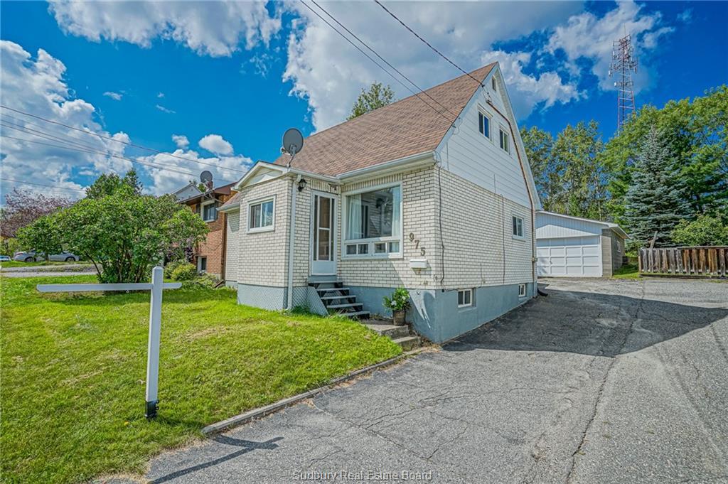975 Martindale Road, Sudbury Ontario, Canada