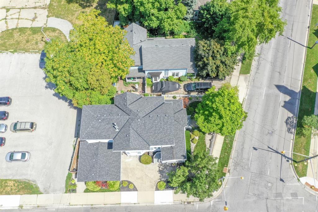 213 BROCK Street North, Sarnia Ontario, Canada