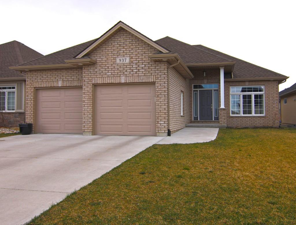 937 Riopelle Dr, Sarnia Ontario, Canada
