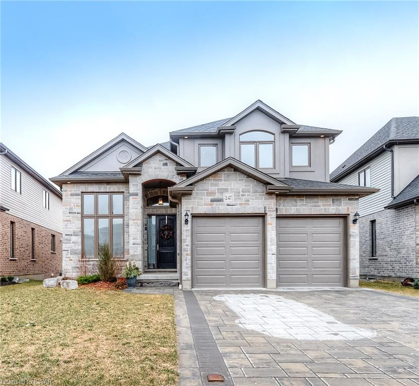 247 Carriage Way, Waterloo Ontario, Canada