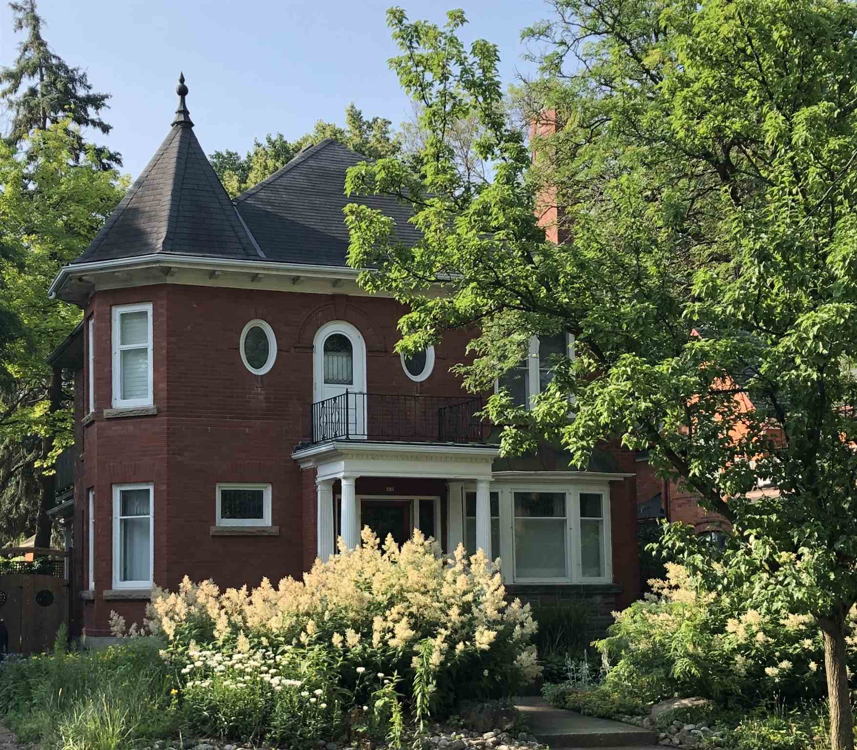 43 Young Street W, Kingston Ontario, Canada