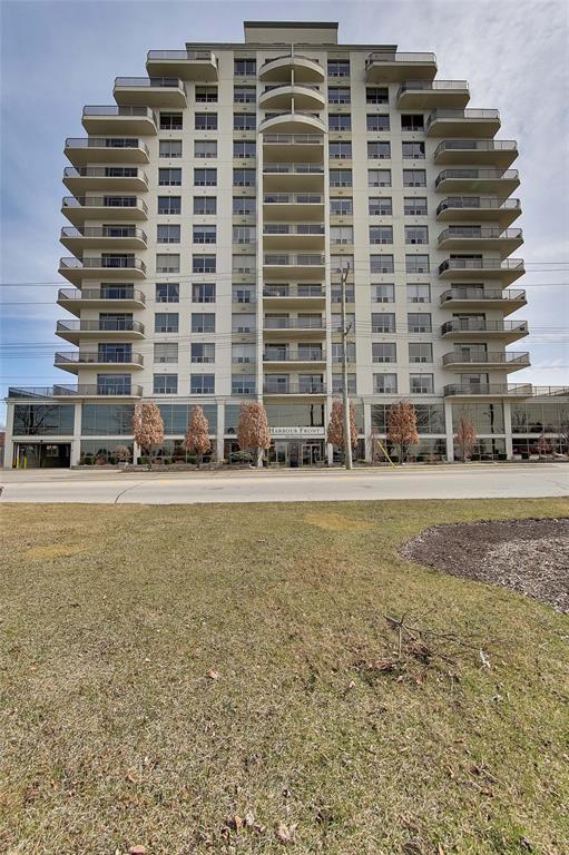 350 FRONT Street Unit# 905, Sarnia Ontario, Canada
