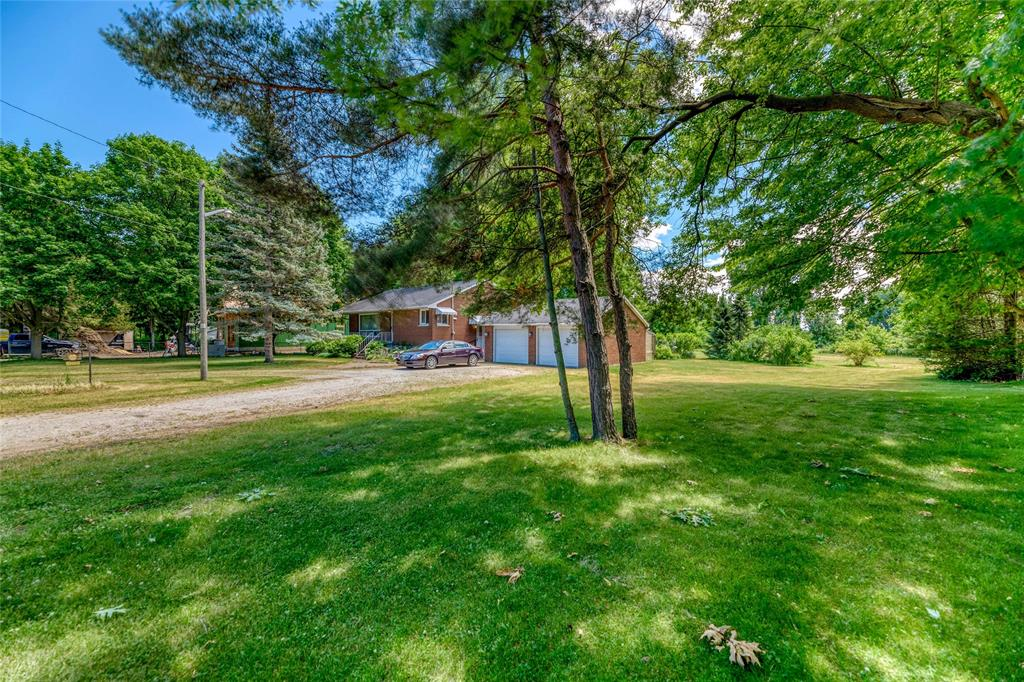 2047 BLACKWELL Road, Sarnia, Ontario, Canada