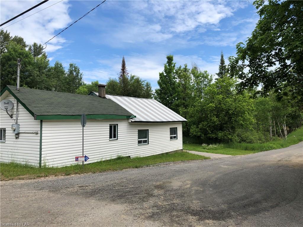 134 Pine Avenue, Haliburton Ontario, Canada