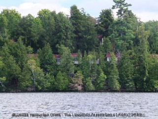6 CHATEAU WOODLAND RD, Haliburton Ontario