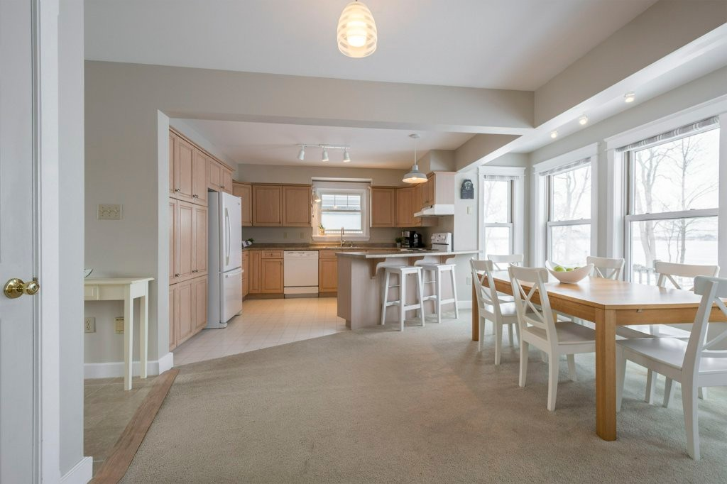 223 Prinyers Cove Cres