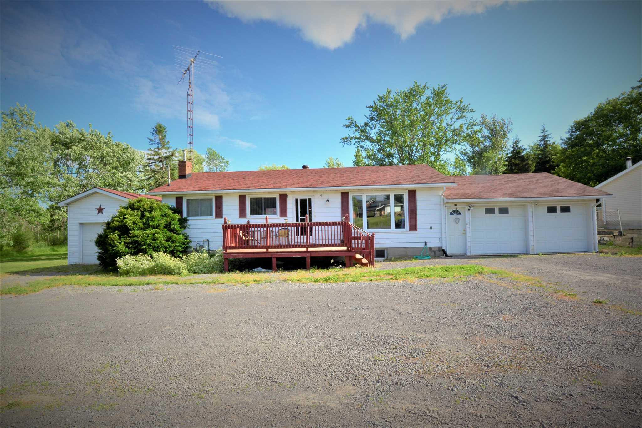 8034 County Road 2, Napanee Ontario, Canada