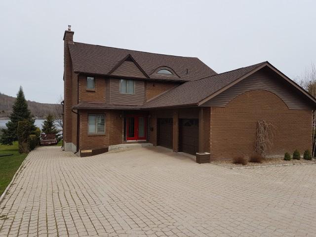 234 Lakeside Dr, North Bay Ontario, Canada