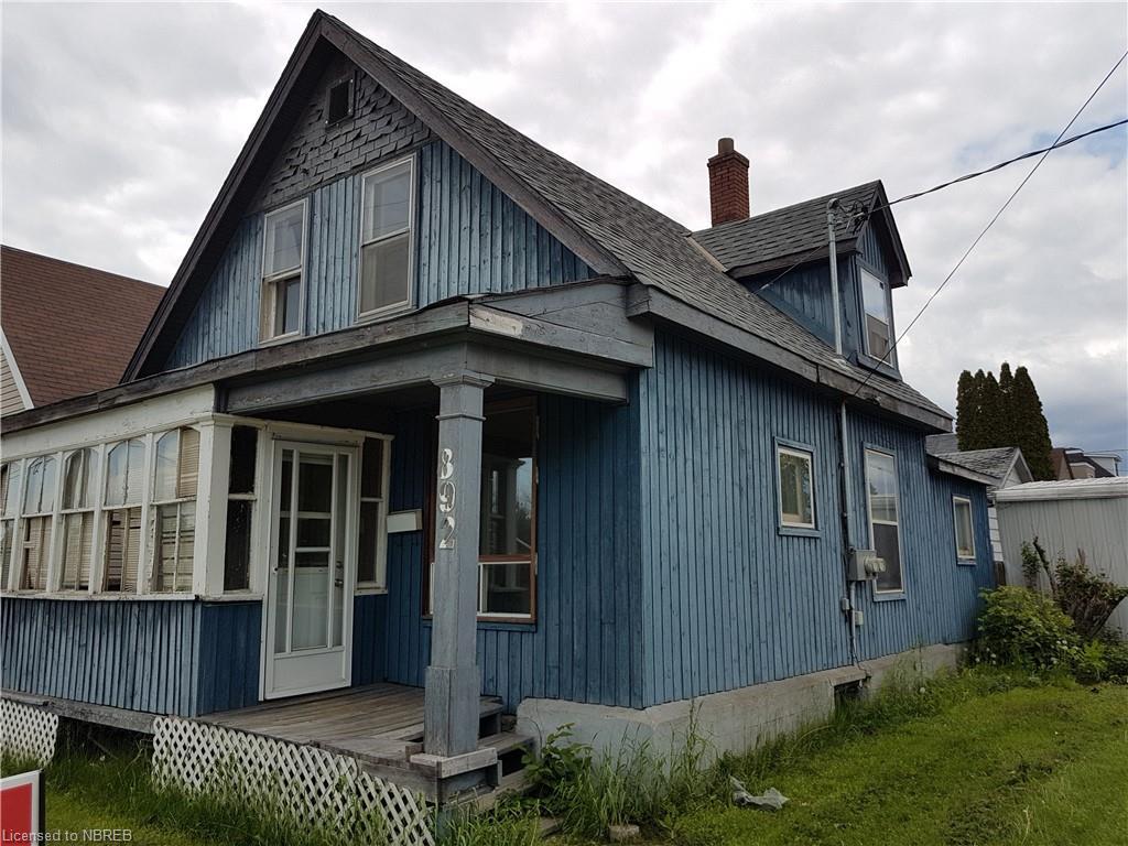 892 John Street, North Bay Ontario, Canada