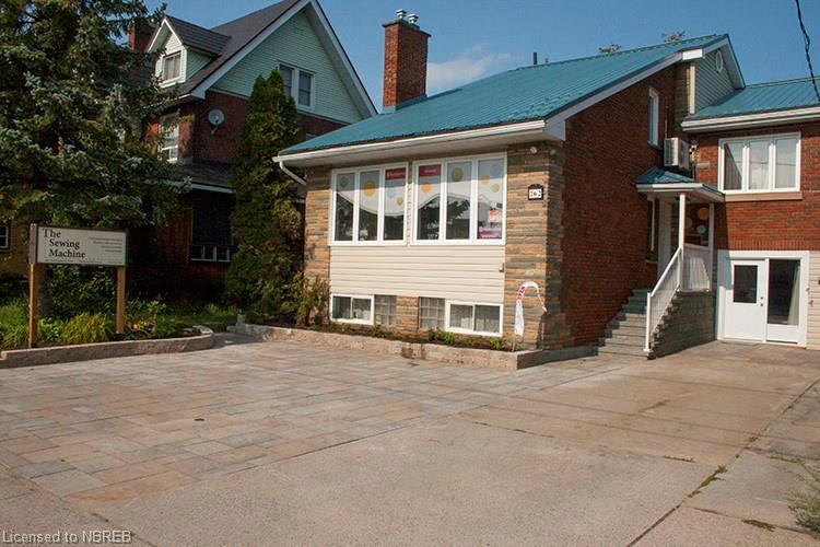 262 Worthington Street W, North Bay Ontario, Canada