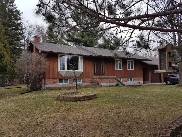 642 Pinecreek Rd, Callander Ontario, Canada