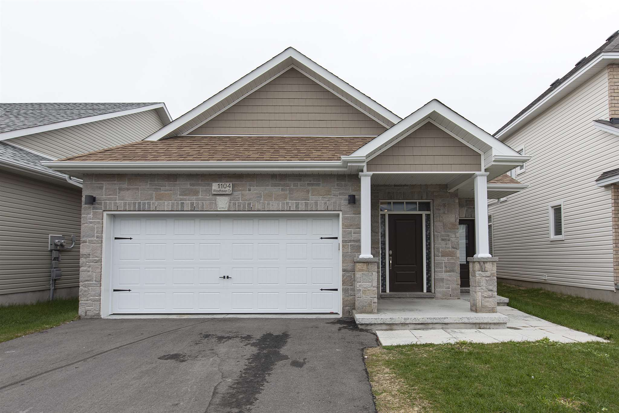 1104 Woodhaven Drive, Kingston Ontario, Canada