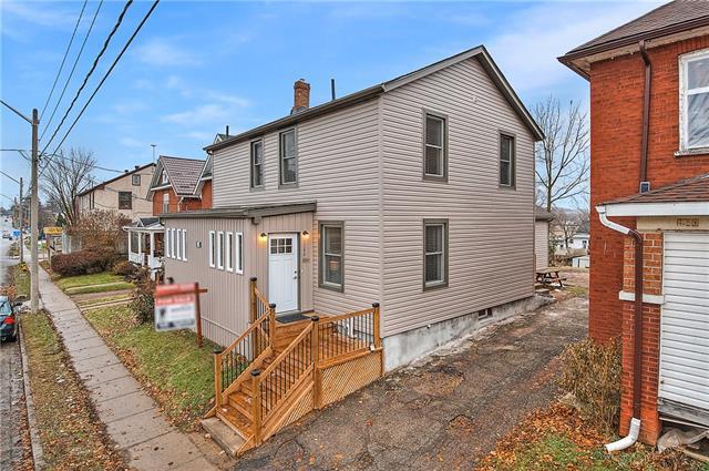 1346 King Street E, Cambridge Ontario, Canada