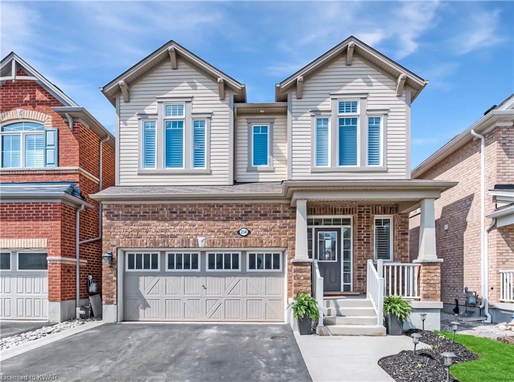 258 Pineglen Crescent, Kitchener Ontario, Canada