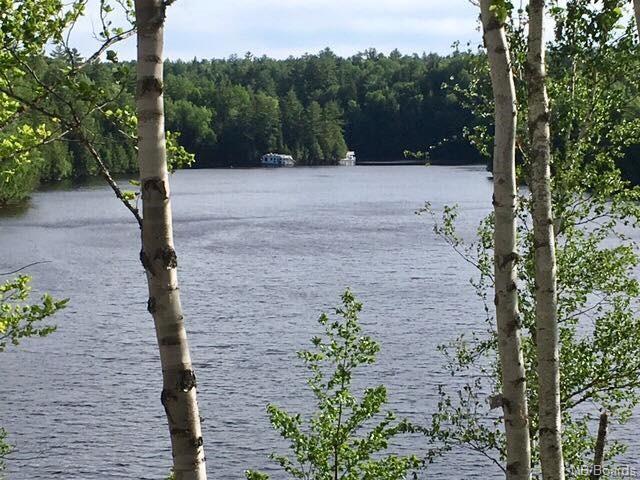 10-11 Settlers Cove Lane, Prince William New Brunswick, Canada