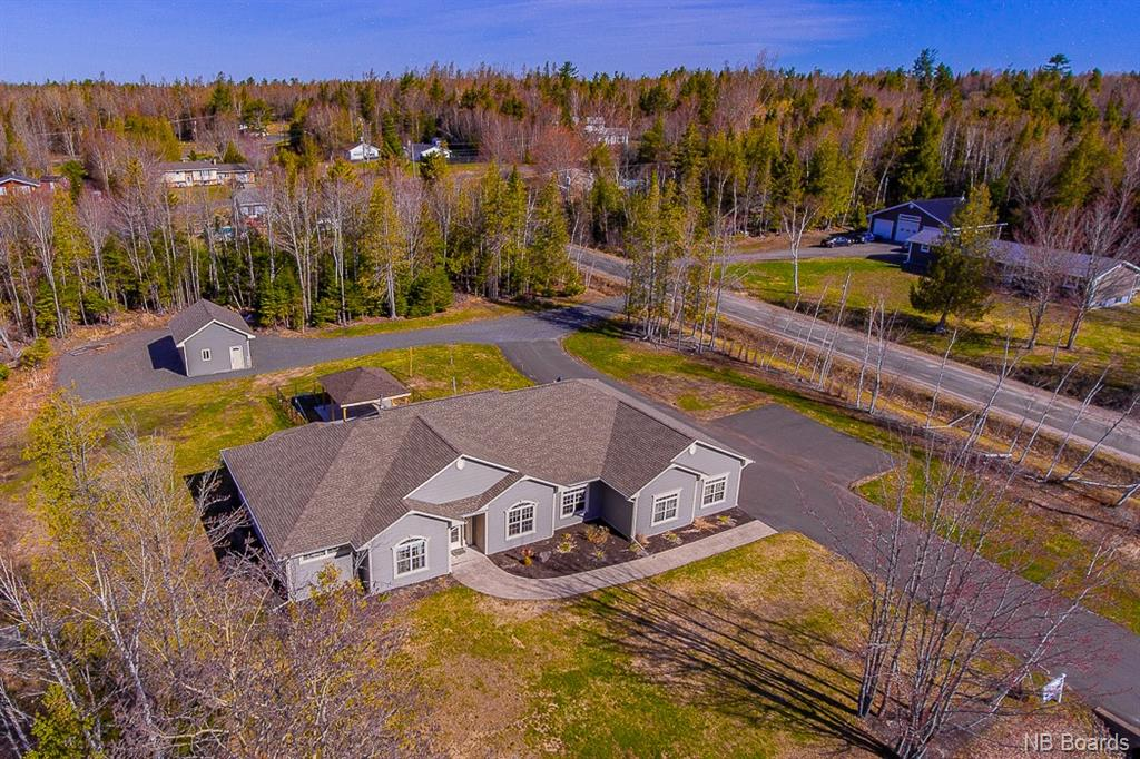 17 Cedar Circle Road, Douglas New Brunswick, Canada