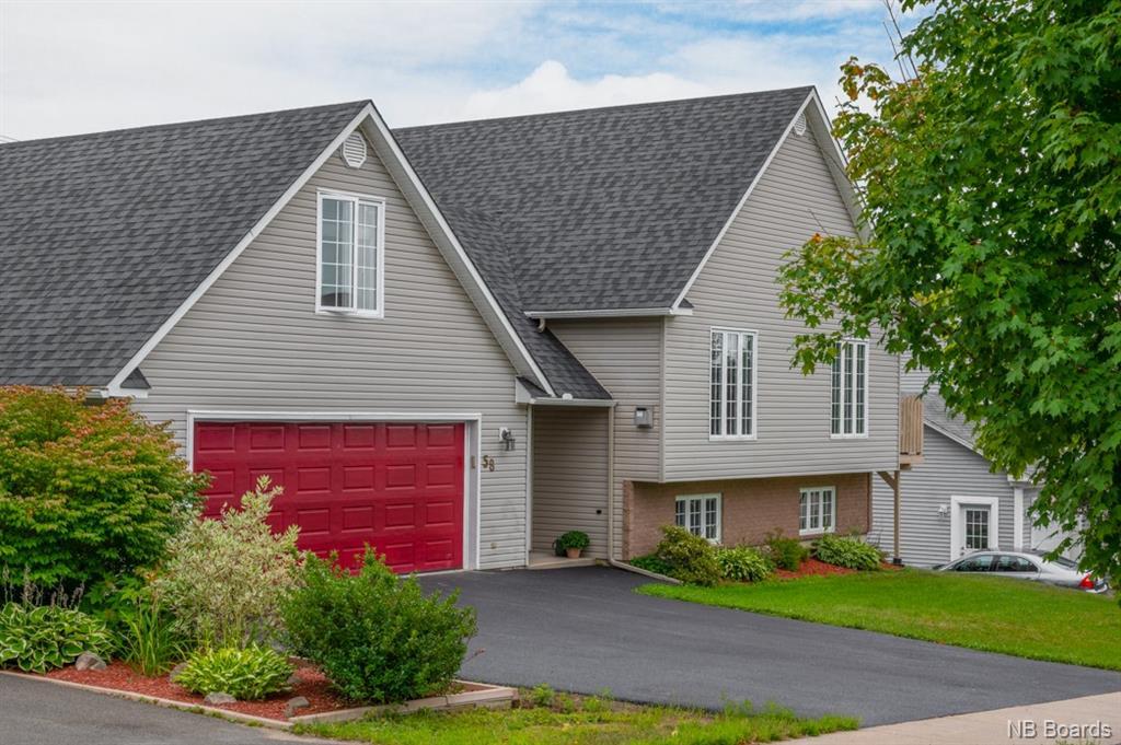 58 Benjamin Drive, Fredericton New Brunswick, Canada