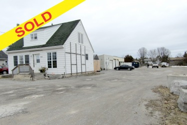 105 East St N., Bobcaygeon Ontario, Canada