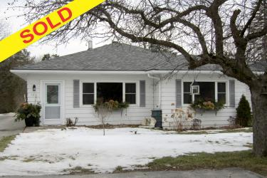 163 East St S., Bobcaygeon Ontario, Canada