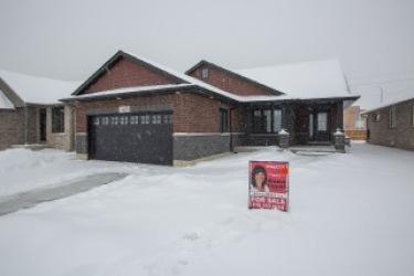 433 Lucas Ave, Sarnia Ontario, Canada