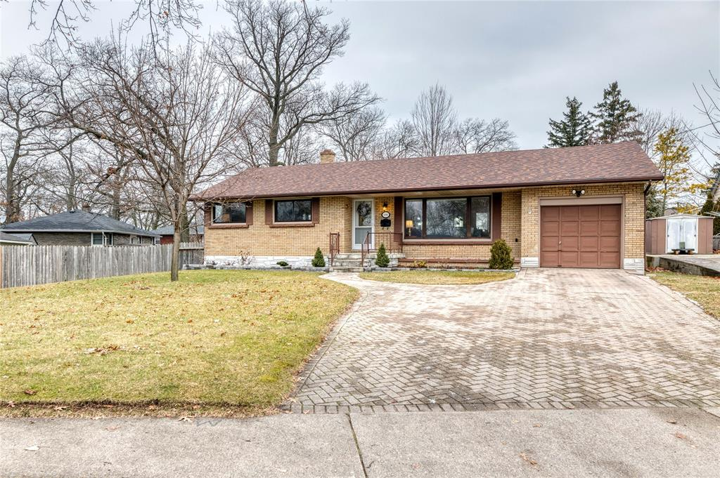 1092 ERROL Road East, Sarnia, Ontario, Canada