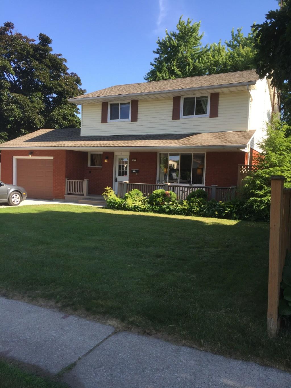1033 Rosedale Ave, Sarnia Ontario, Canada