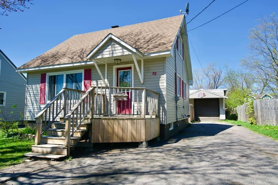 35 Crawford Avenue, Sault Ste. Marie Ontario, Canada