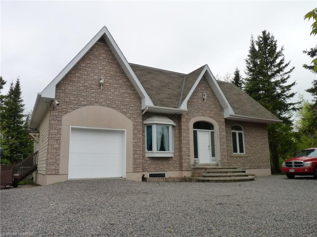 421 COLLINS Drive, North Bay Ontario, Canada