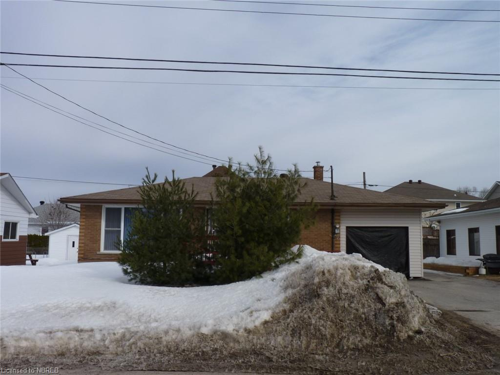 476 GREENWOOD Avenue, North Bay Ontario, Canada