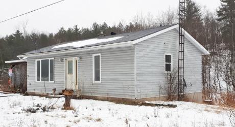 112934 Hwy 7, Kaladar K0h 1z0, Addington Highlands Ontario, Canada