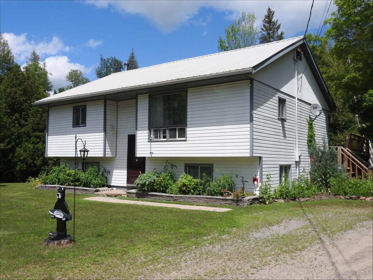 5472 Ardoch Rd., Ardoch K0h 1c0, North Frontenac Ontario, Canada