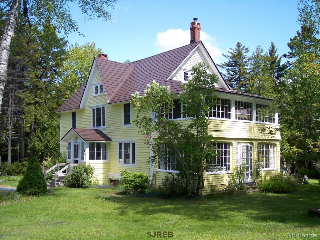 19 Almon Lane, Rothesay New Brunswick, Canada